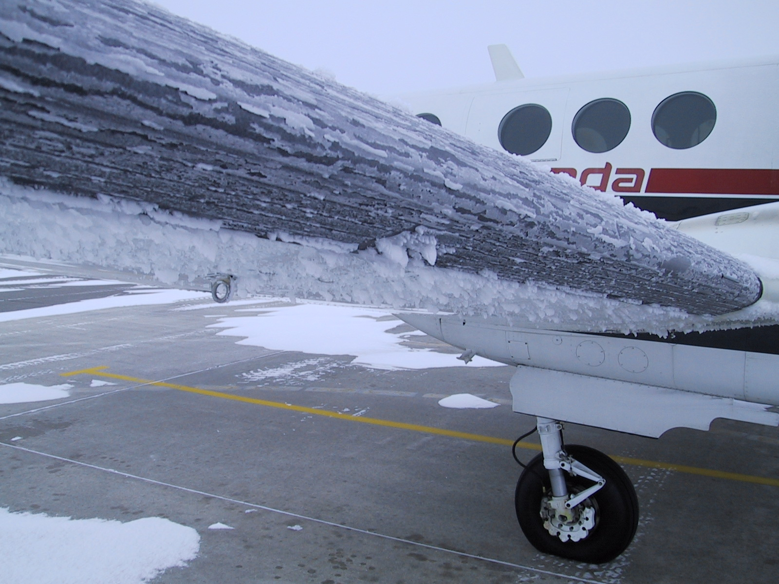 aeronave com formação de gelo